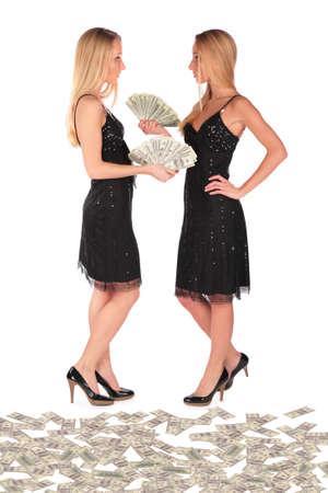 bambine gemelle: Twin ragazze dollari di azienda