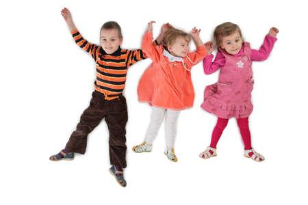 trois enfants: Trois enfants situ�e haut vue 3