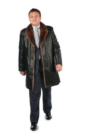 manteau de fourrure: Homme en manteau de cuir Banque d'images