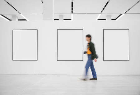gallerie: Visitor at an exhibition