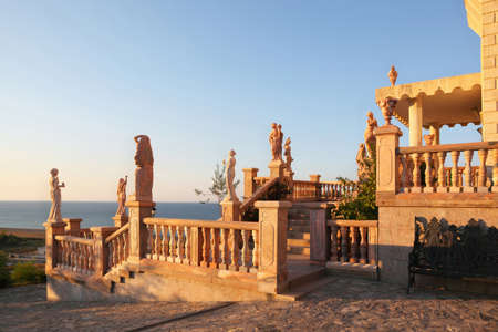 mandatoriccio: Large parade stair is decorated ancient statues and modelling, anchorwoman in  palace with  view at  seaside
