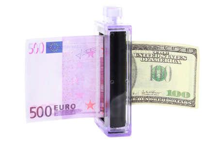 modificar: Enfoque modificar para un dinero en otra Foto de archivo