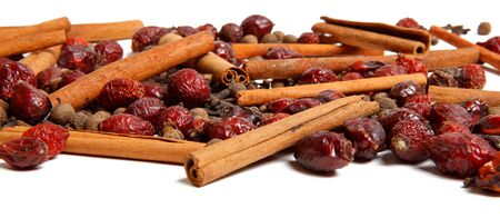 clove of clove: spice clove cinnamon and pepper