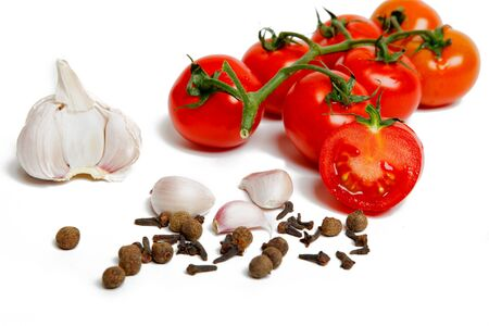 cloves: tomatoes, garlic , cloves and black pepper