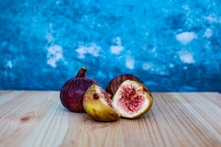 fresh tropic figs portion