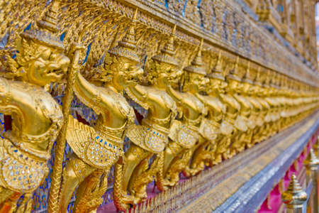 Garuda at thai temple 版權商用圖片