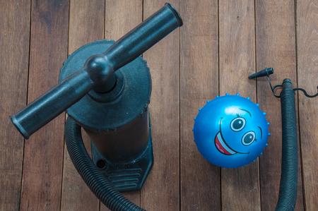 air pump: Manual air pump for balls