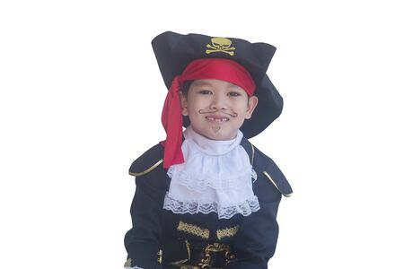 Asian boy smiling in pirate costume isolated over white 免版税图像