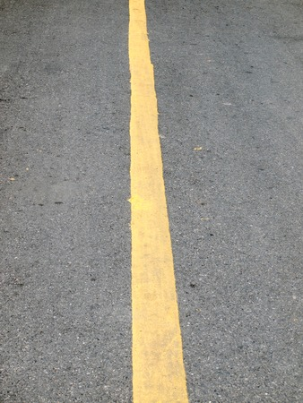 divides: L�nea amarilla Cierre de carretera brecha