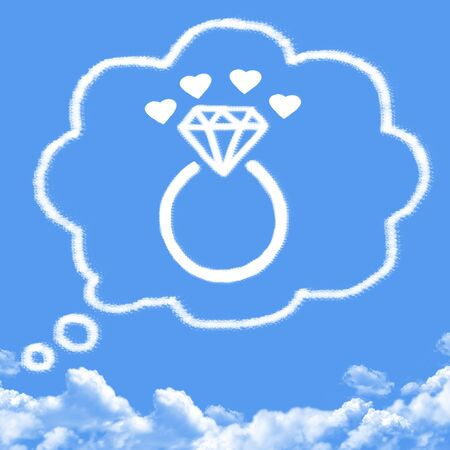 cloud shape: Diamond engagement ring cloud shape