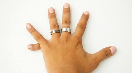fingers: Six fingers