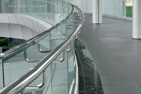 Stainless steel handrails 版權商用圖片 - 124445928