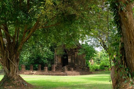 the Wat Ku Dee Rai Temple at the Historical Park in Sukhothai
