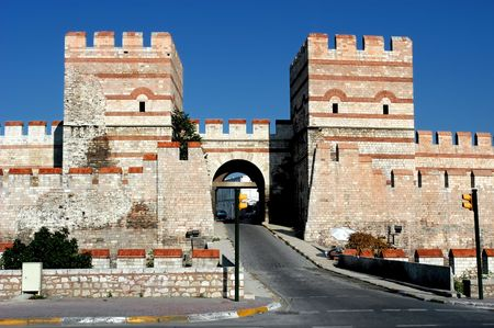constantinople ancient: Ancient wall in Constantinople, Istanbul, entrance is dedicated to the city of Belgrade