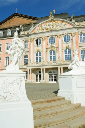basillica: The prince electors palace and the Roman basillica in Trier, Germany