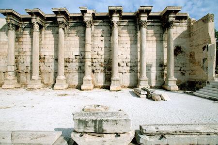 hadrian: Roman Agora en Atenas antigua Adriano Foto de archivo
