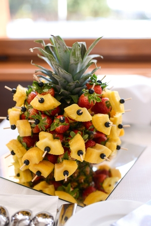 Pineapple fruit decoration
