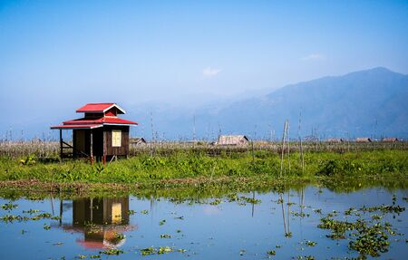 inle: A little cottage at In-le Lake