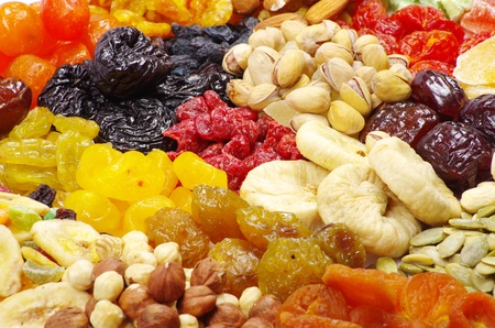 raisin: dried fruits and nuts close up