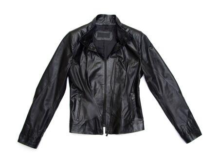 chaqueta de cuero: chaqueta de cuero negro sobre fondo blanco Foto de archivo