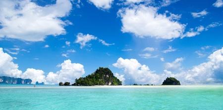 Maya bay Phi phi leh island Thailand photo
