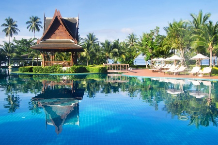 med: Beautiful swimming pool in Thailand