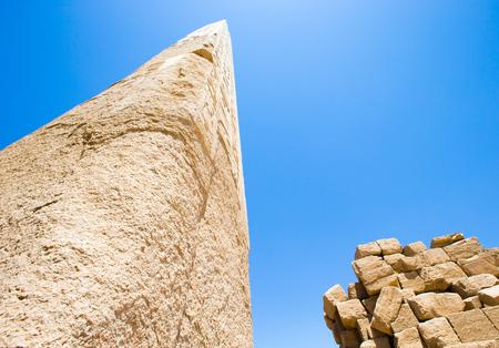 obelisc: Obelisk in the temple of Karnak, Luxor, Egypt