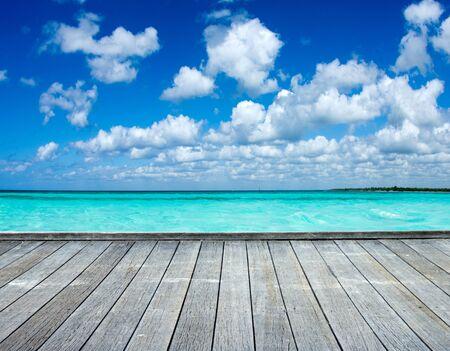 Plage de la mer des Caraïbes et mer tropicale