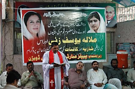 KARACHIPAKISTAN_  Christians prayer for Pakistani teen activest Malala Youszafzai and other twoe teen girls  shazia and kanaitfor teir health peoples monirty divsion