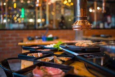 Korean barbecue Shabu Shabu set in the korean restaurant 版權商用圖片 - 144723572