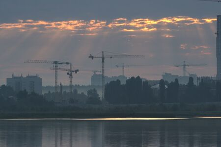 reconstruction of the city after the disaster, working cranes Zdjęcie Seryjne