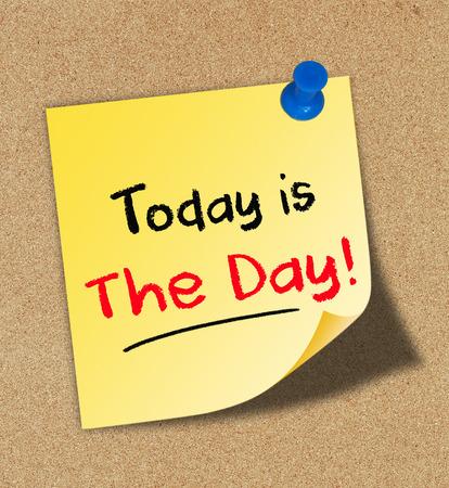 Vandaag is The Day Concept op kurk boord Stockfoto