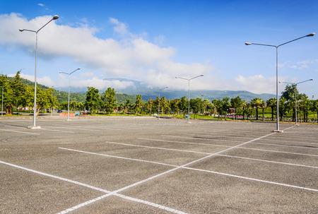 Vacant Parkeerplaats, Parkeerplaats rijstrook buiten in het openbaar park Stockfoto