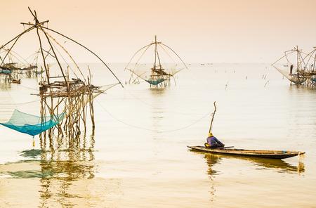net fishing: Thai style fishing trap in Pak Pra Village, Net Fishing Thailand, Thailand Shrimp Fishing, Phatthalung, Thailand.