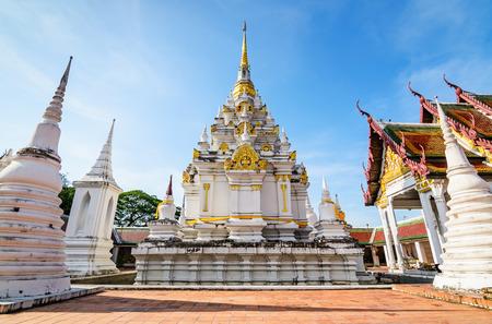 Wat Phra Borommathat Chaiya Worawihan, een oude tempel in de wijk Chaiya, provincie Surat Thani, ten zuiden van Thailand. Stockfoto