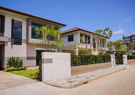 viviendas: Nuevo hogar, Urbanización en Tailandia.