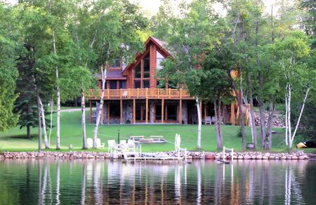 Log home on Sugar Lake Stock Photo - 2834130