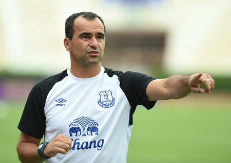 martinez: BANGKOK, THAILAND - JULY 26 Roberto Martinez Manager of Everton in action during an evening session at Supachalasai Stadium on July 26, 2014 in Bangkok, Thailand  Editorial