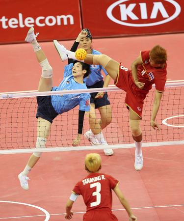 incheon: INCHEON - SEP 23:KIM Iseul of South Korea participates in 2014 Incheon Asian Games at Bucheon Gymnasium on September 23, 2014 in Incheon, South Korea.