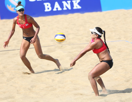 incheon: INCHEON - SEP 22:Usa TENPAKSEE of Thailand participates in 2014 Incheon Asian Games at Songdo Global Uni. Beach Volleyball on September 22, 2014 in Incheon, South Korea.