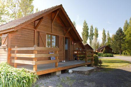 Holz-Haus Standard-Bild