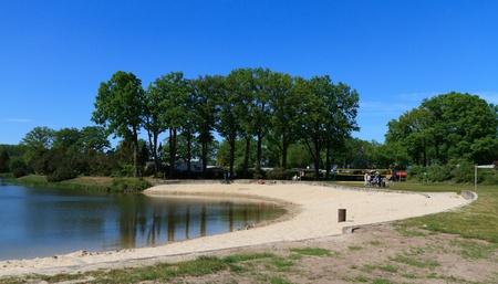 Lake  Stock Photo - 9560327