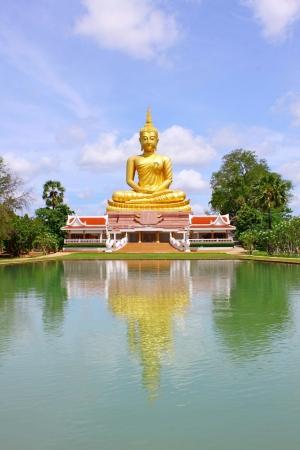 Buddha statue Stock Photo - 20287072