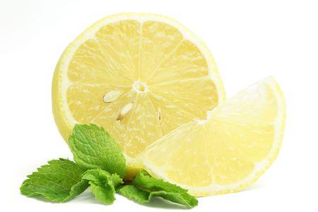 segment: Giallo limone, menta e segmento isolato su sfondo bianco