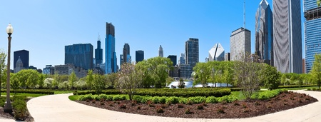 residential structures: Chicago skyline a panoramic view from millennium park