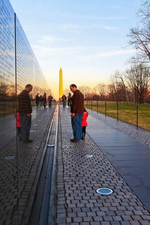 sacrificio: La guerra de Vietnam Memorial en Washington, DC. Los honores fúnebres militares estadounidenses de las fuerzas armadas estadounidenses que lucharon en la guerra de Vietnam.