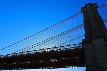 Silhouette of Brooklyn bridge Stock Photo - 12576101