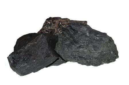 charbon isolé sur fond blanc