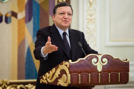 ratification: KIEV, UKRAINE - Sep 12, 2014: European Commission President Jose Manuel Barroso during an official meeting with President of Ukraine Petro Poroshenko in Kiev Editorial