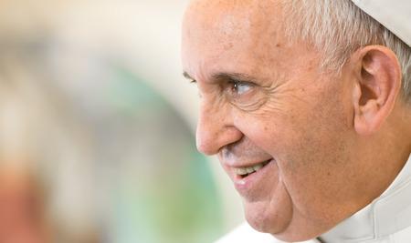VATICAANSTAD, VATICAAN - 20 november 2015: Paus Franciscus tijdens een ontmoeting met de Oekraïense president Petro Poroshenko Redactioneel